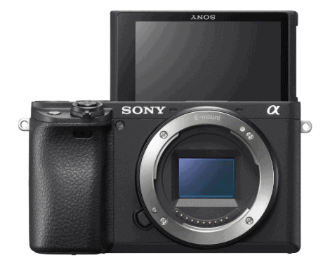 Foto della nuova Sony A6400 vista di fronte